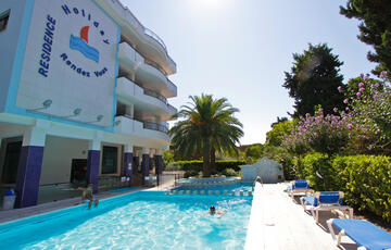 Residence Holiday Rendez Vous Pineto