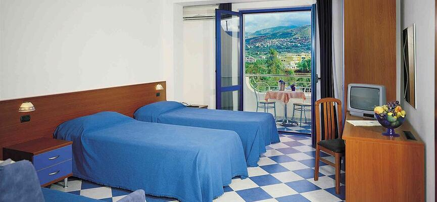 Interno Camera Hotel San Gaetano Grisolia Lido - Vacanze mare Italia Calabria