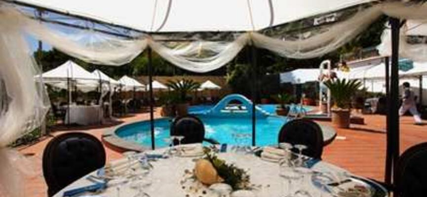 Ristorante Strand Hotel Delfini Terme - Hotel Vacanza Benessere Ischia - Hotel Vacanza Mare Napoli Campania