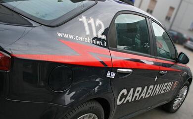 litiga-con-un-passante-poi-ferisce-i-carabinieri-intervenuti-per-sedare-la-lite