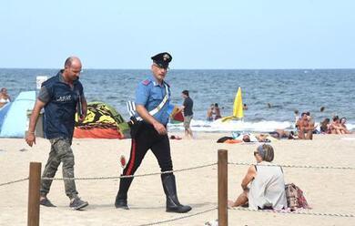 Immagine News - rimini-stupri-in-spiaggia-trans-chiede-la-cittadinanza