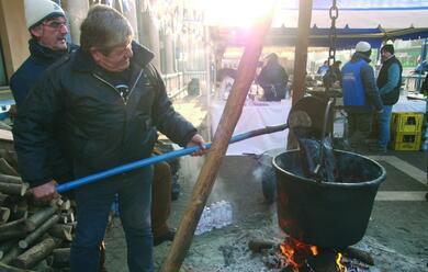 Immagine News - faenza-la-calda-carezza-aromatica-del-bisa2-il-vin-brulau-manfredo