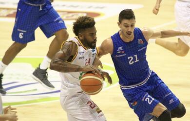 Immagine News - basket-a2-laorasa-inaugura-il-girone-di-ritorno-con-una-comoda-vittoria-con-roseto
