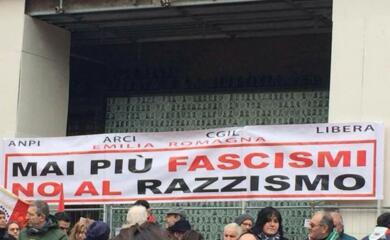 manifestazione-antifascista-a-bologna-in-tanti-dalla-romagna
