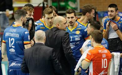 volley-superlega-quarta-vittoria-consecutiva-per-la-bunge-i-play-off-si-avvicinano