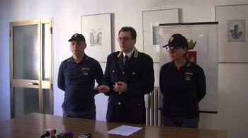 Play Video imola-la-polizia-arresta-27enne-per-furti-negli-appartamenti