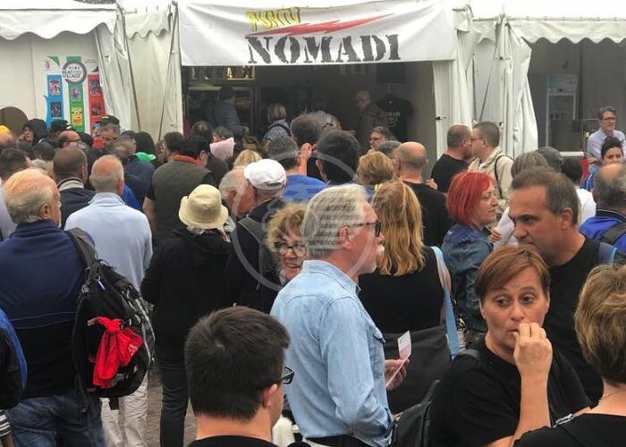 La pioggia non ferma il Beat Village: stasera i Nomadi
