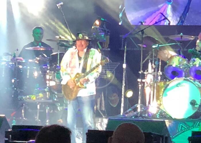 All'Arena della Regina oltre 3mila per il concerto di Santana