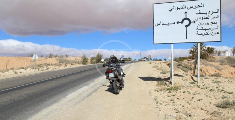 Nanni vicino al confine con l'Algeria