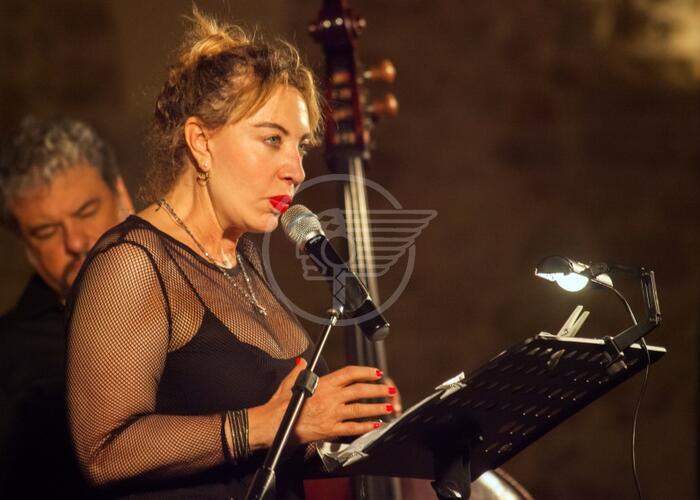 """Iaia Forte il 9 al Teatro Astra con """"Napolide"""""""