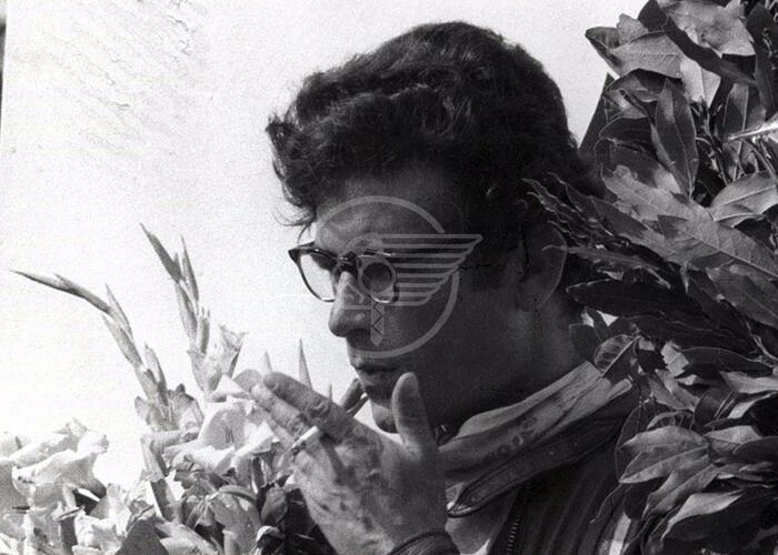 Un busto per il pilota Renzo Pasolini