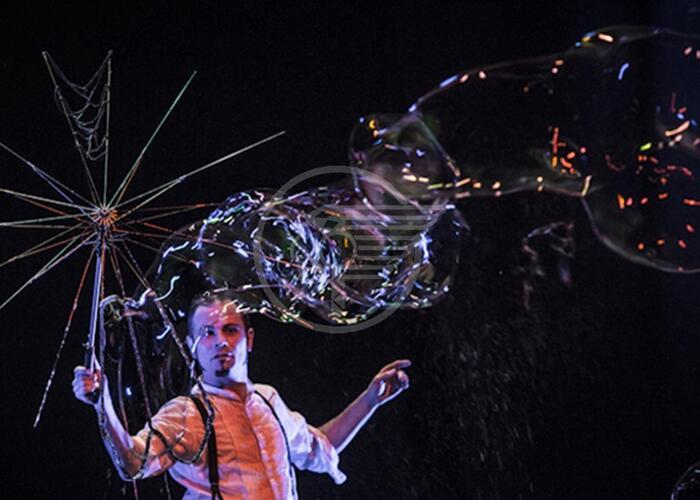 Il mago delle bolle domenica allo Snaporaz