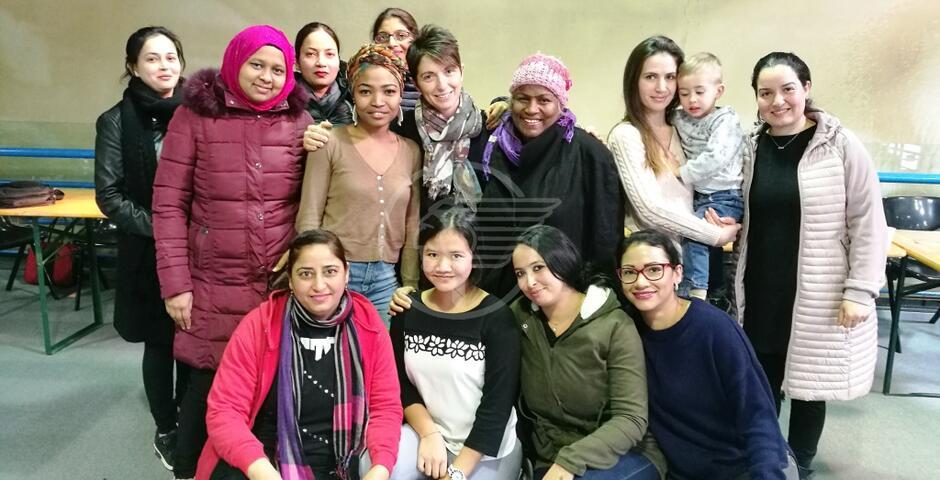 Donne straniere a scuola di lingua italiana
