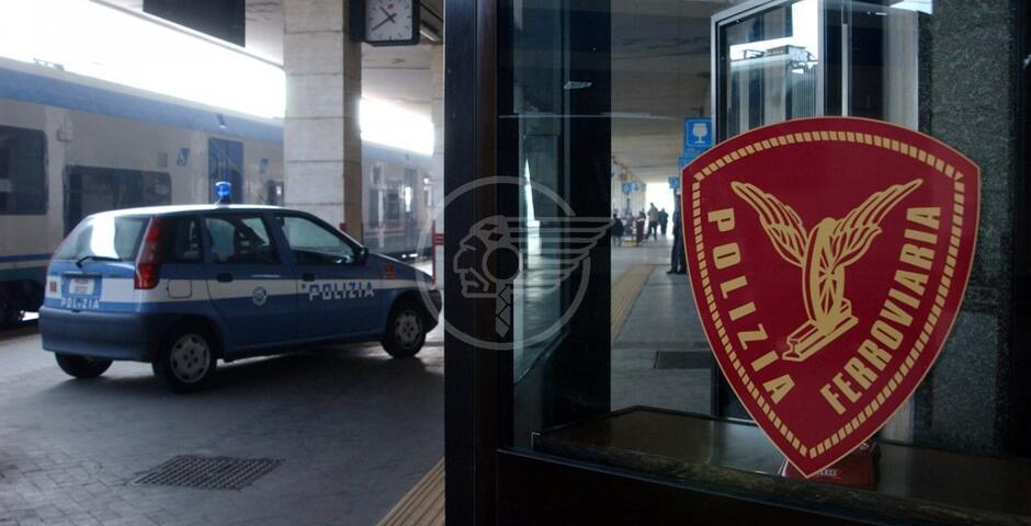 Controlli antiterrorismo della Polfer nelle stazioni