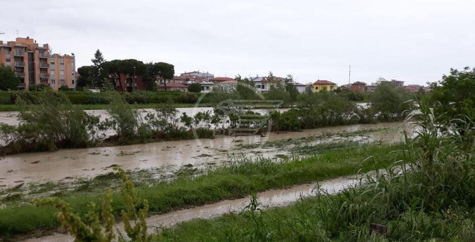 Sceso il livello dei fiumi, la situazione migliora