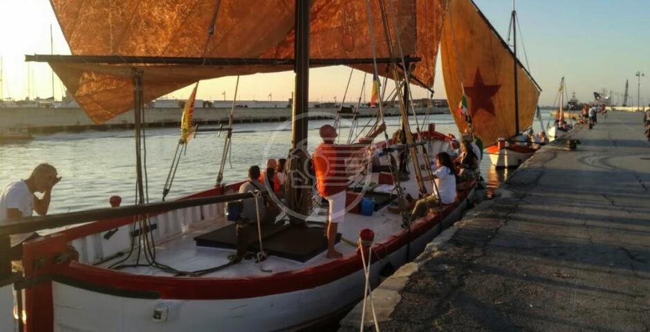Cena in barca per appassionati di mare