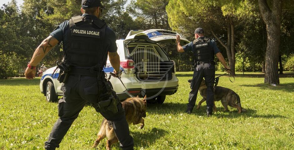 Parchi passati al setaccio dalla Polizia Locale