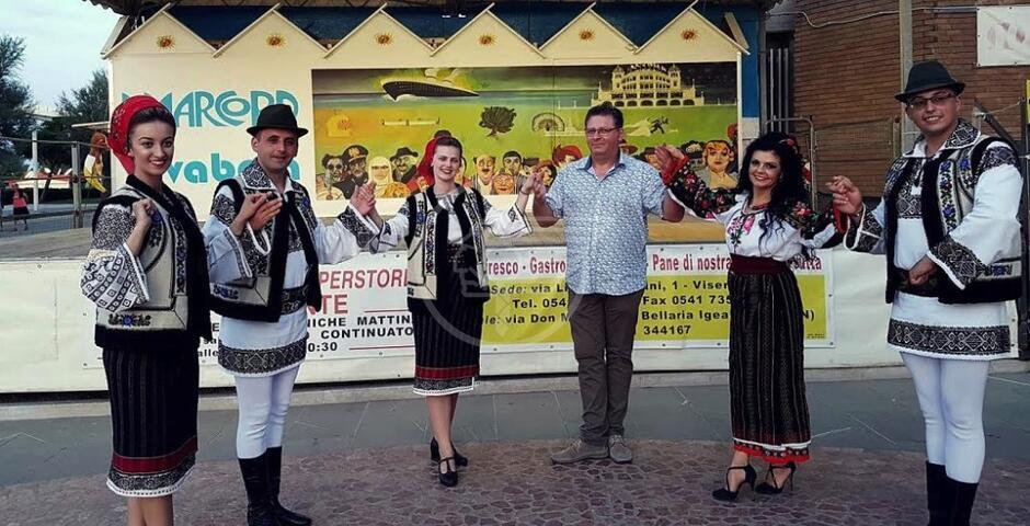 Gli artisti di Suceava al Festival del Folklore
