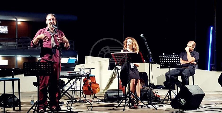 Cristina Di Pietro canta Mina, applausi