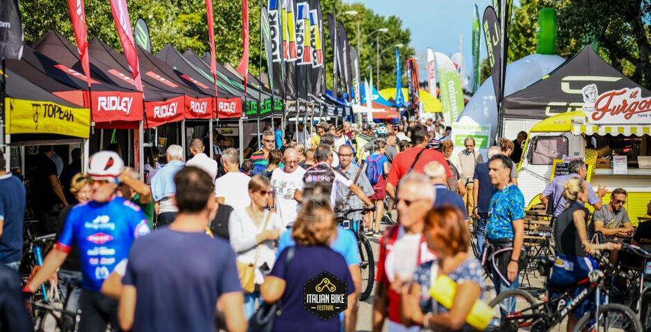 Italian Bike Festival con i grandi del ciclismo