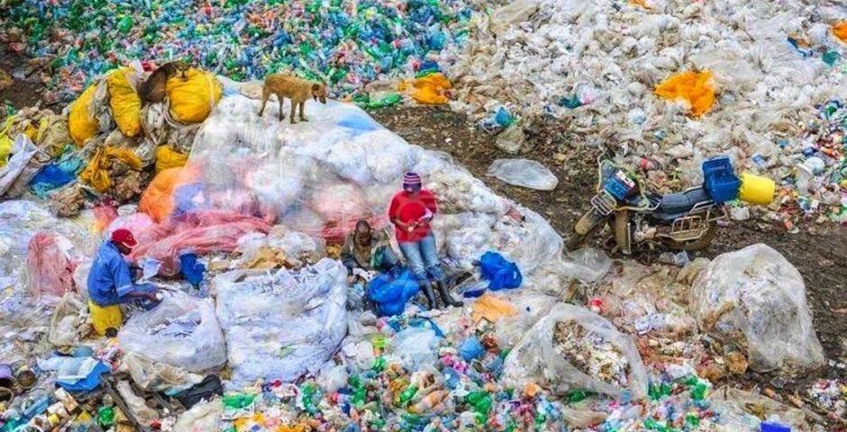 """L' """"Anthropocene"""" del fotografo Burtynsky in mostra a Bologna. L'anthropos che tocca il katà"""