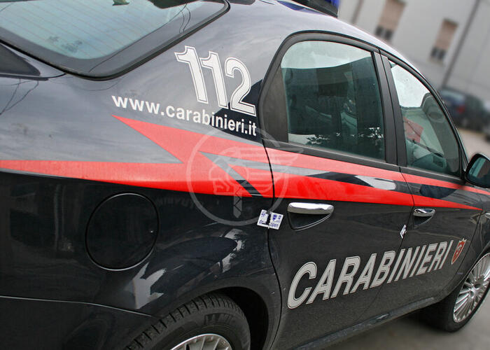 Ladro d'abbigliamento arrestato dai carabinieri