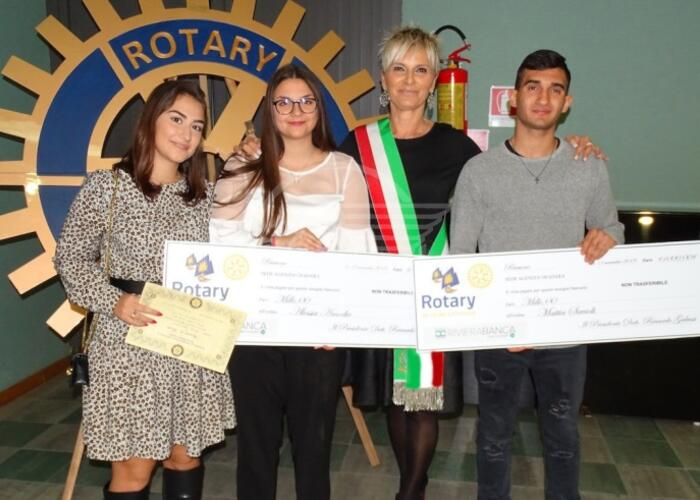 Premio Rotary Scuola a 3 giovani di S. Clemente