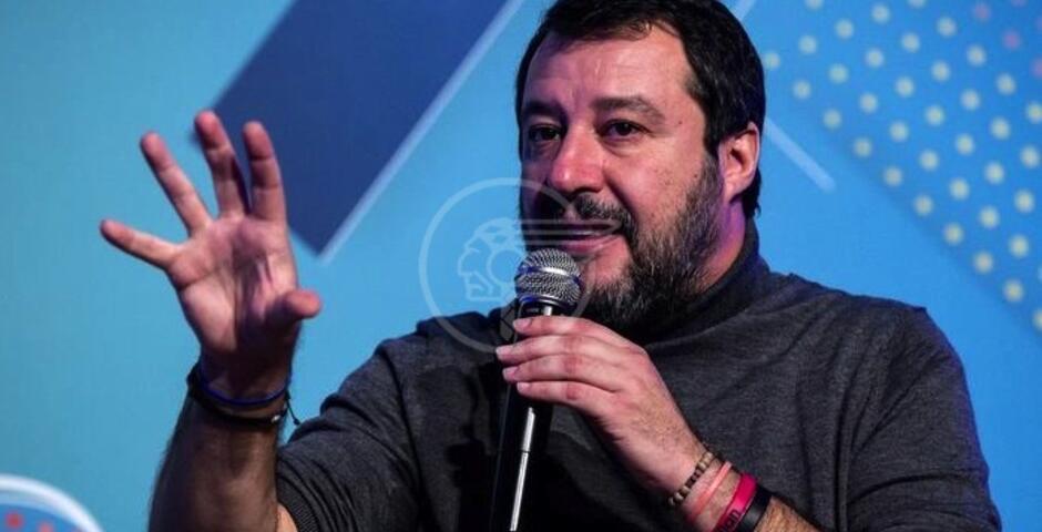 """Salvini a Rimini: """"E' un governo tasse e manette"""""""