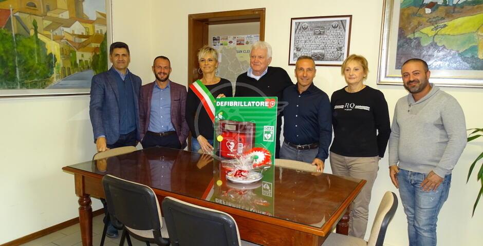 S. Clemente: donati due defibrillatori per le scuole