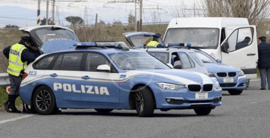 Assicurazioni fantasma, due auto sequestrate