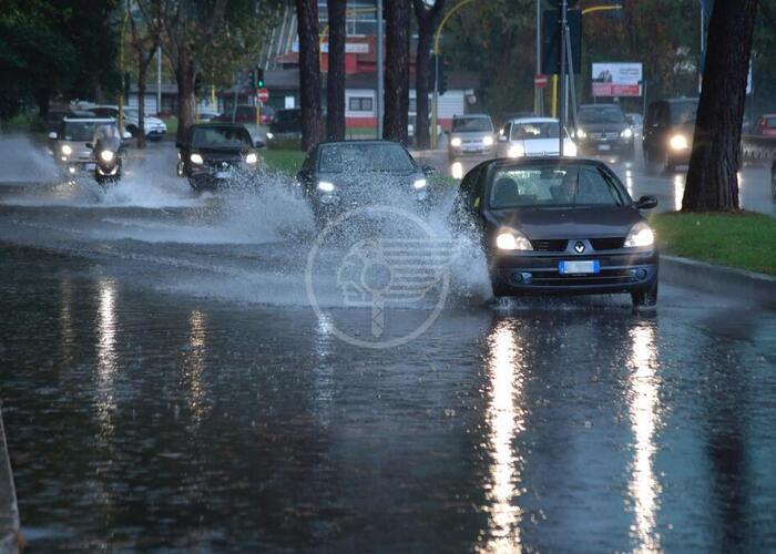 Vento e pioggia, allerta della Protezione Civile