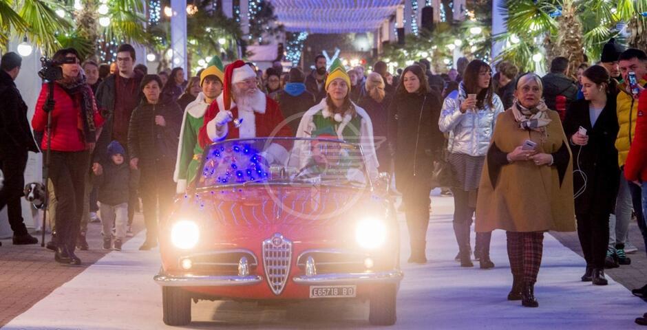 Babbo Natale ha preso casa in viale Ceccarini