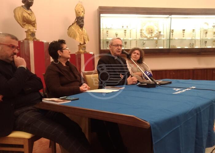 """Il libro del Vescovo sulla Sabbatini: una """"normalità"""" straordinaria"""