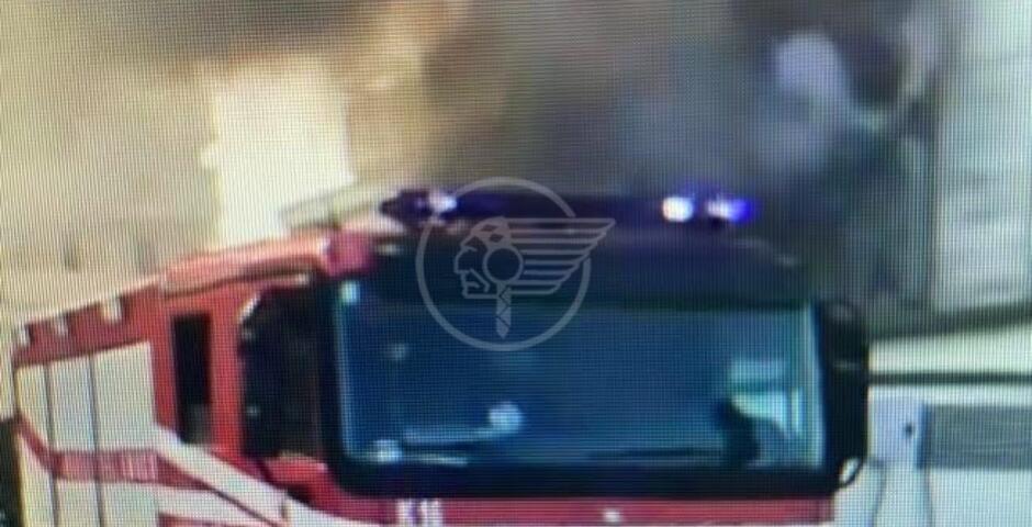 Incendio all'hotel Touring di Miramare, fumo e danni
