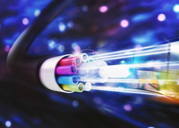 Collegate con fibra ottica tutte le scuole comunali di Riccione