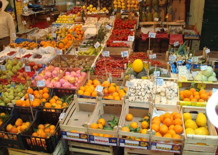 Cia chiede ai sindaci di riaprire i mercati alimentari