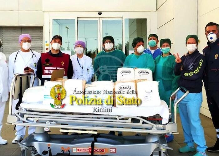 L'Anps dona al Pronto Soccorso dell'Infermi tute e mascherine