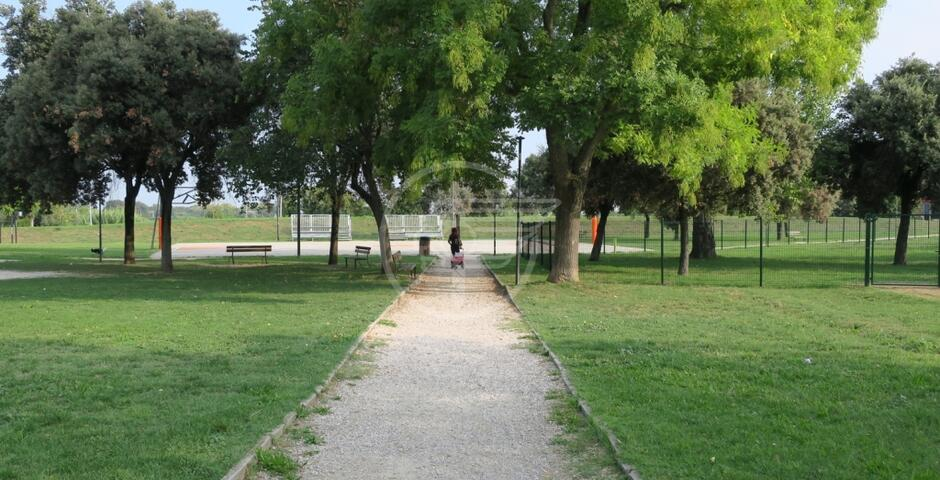 """La Parma """"copia"""" la Spinelli: aree gioco chiuse nei parchi"""