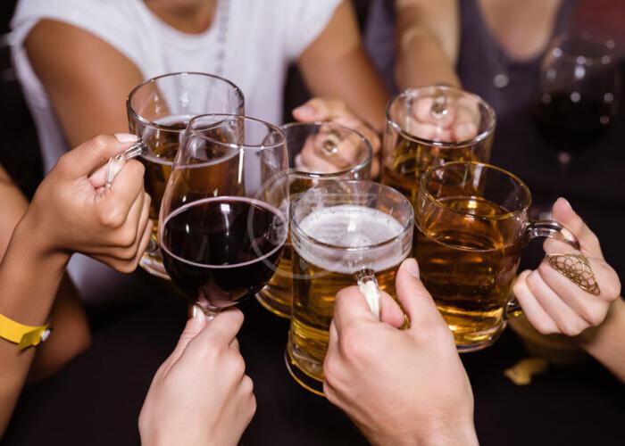 A Cattolica vietato l'alcol d'asporto dalle 21 alle 7