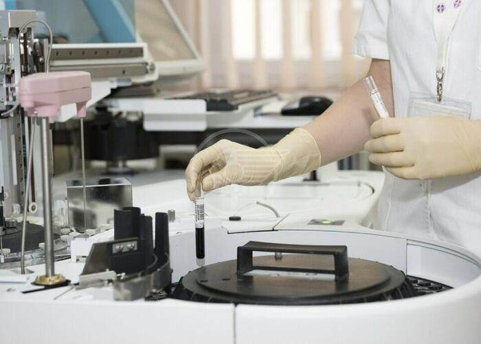 In Emilia Romagna è caccia al virus: test estesi ad altre categorie