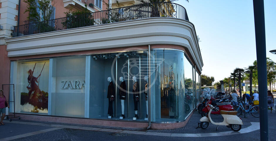 Viale Ceccarini si prepara a dare l'addio a Zara