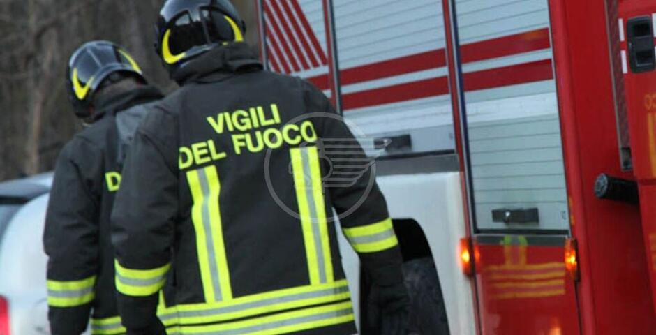 Incendio in un appartamento, chiuso viale Castrocaro