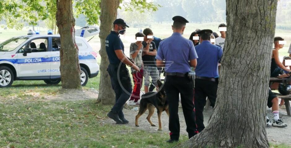 Controlli al parco Marecchia, un giovane denunciato e uno segnalato