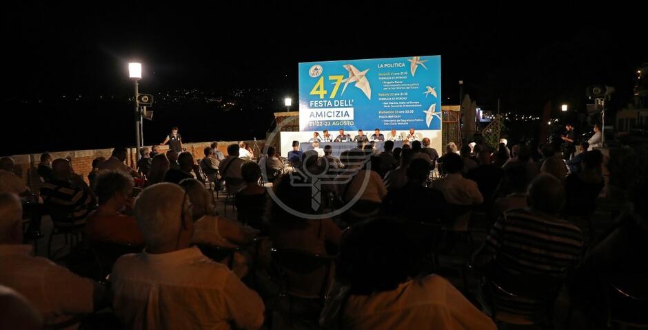 Festa dell'Amicizia, oltre 400 alla prima serata