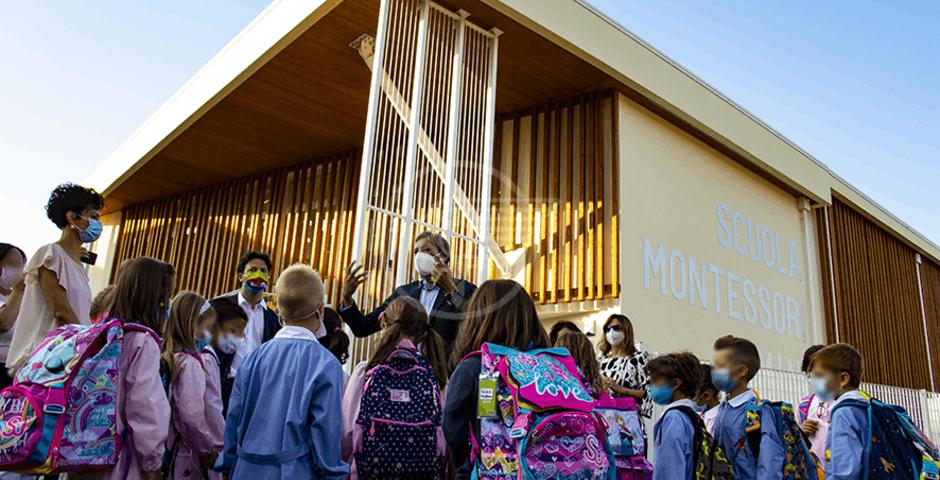 Primo giorno di scuola per 25 mila studenti riminesi