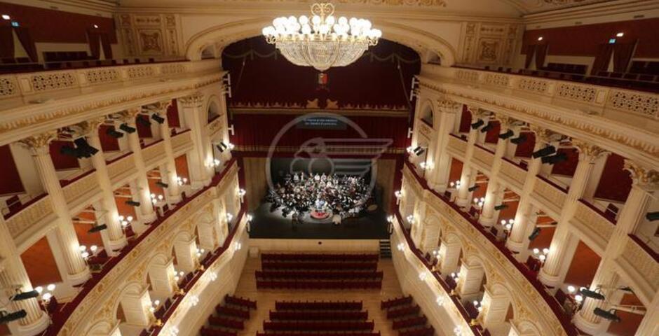 Alla scoperta del Teatro Galli: dal 18 riprendono le visite guidate