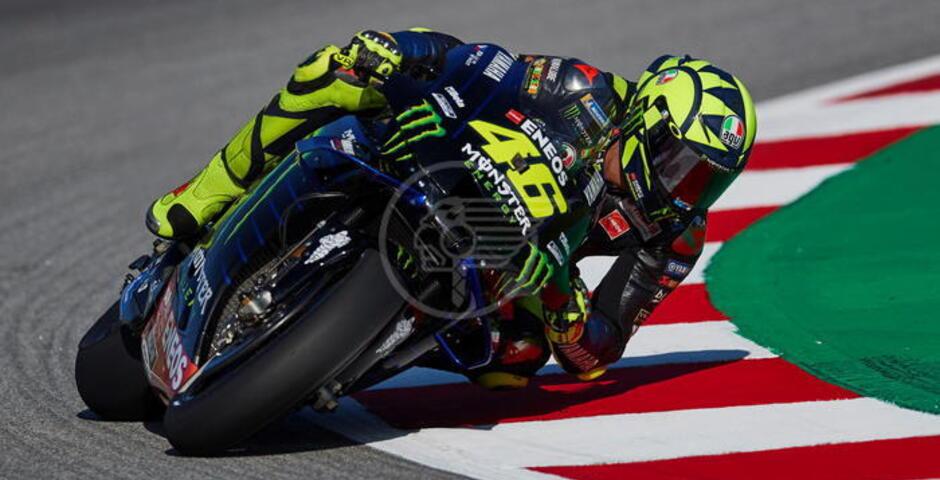 Ora è ufficiale: Valentino Rossi passa alla Petronas Yamaha RST