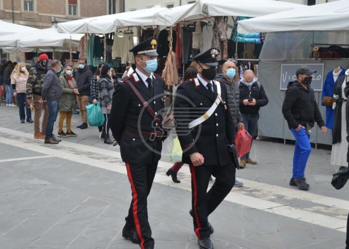I carabinieri intensificano i controlli anti Covid sul territorio