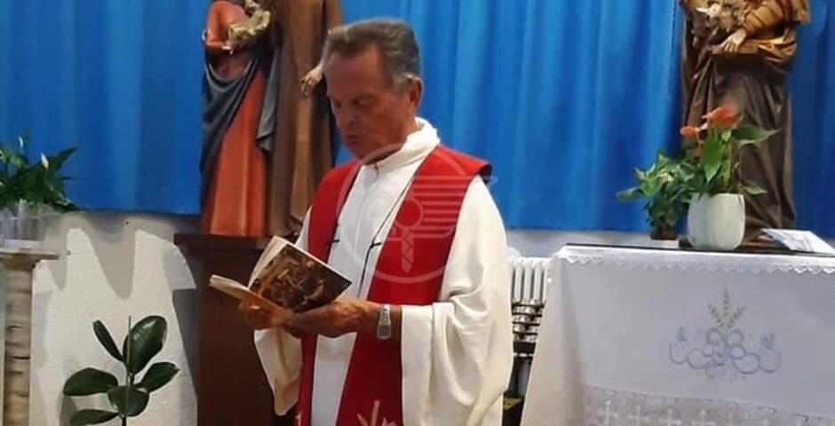 Don Giorgio si è aggravato, la comunità di fedeli prega per lui