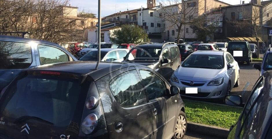 """Renzi (FdI): """"Quando saranno realizzati i parcheggi Scarpetti e Area Fox""""?"""